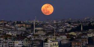 Eclipse-de-lune-ou-quand-et-comment-l-observer